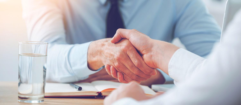 Career-Employment-Interview_ss400222735
